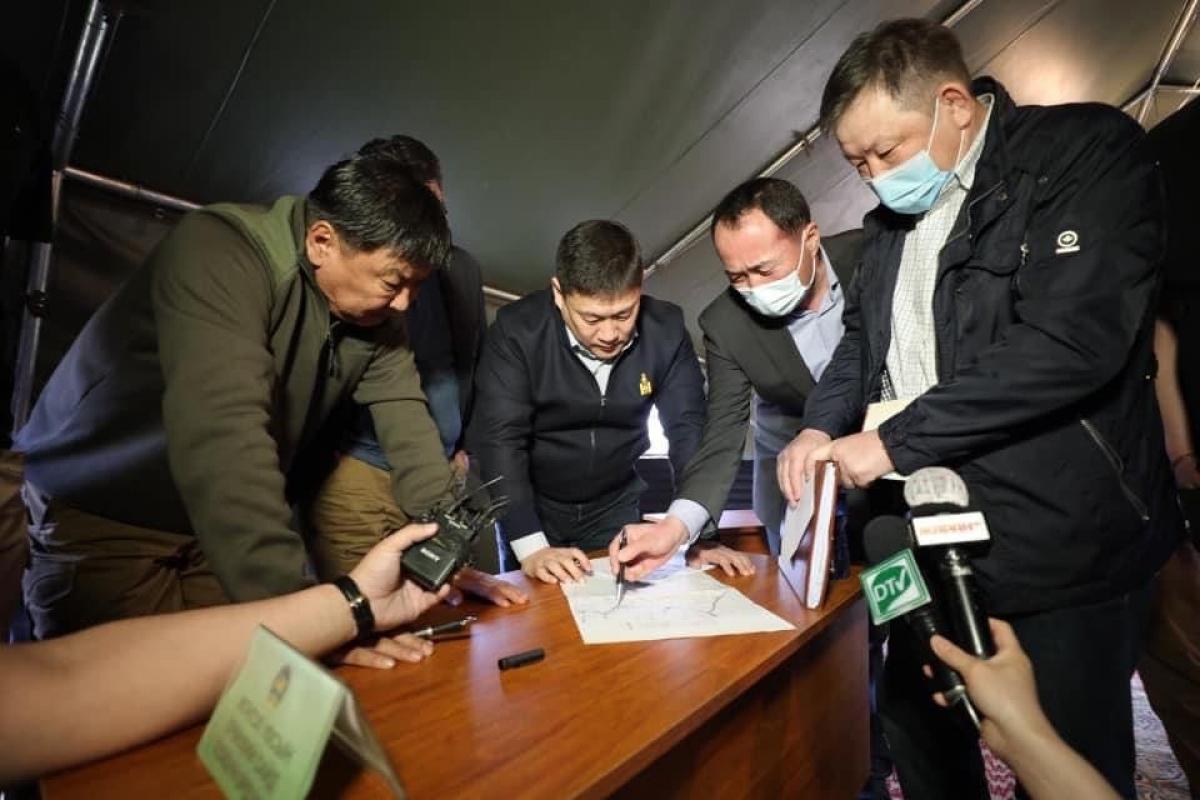 Л.ОЮУН-ЭРДЭНЭ: Ульхан, Хавирга боомтыг автозамаар холбож, үйл ажиллагааг нь идэвхжүүлснээр Монгол Улсын өрсөлдөх чадвар сайжирна